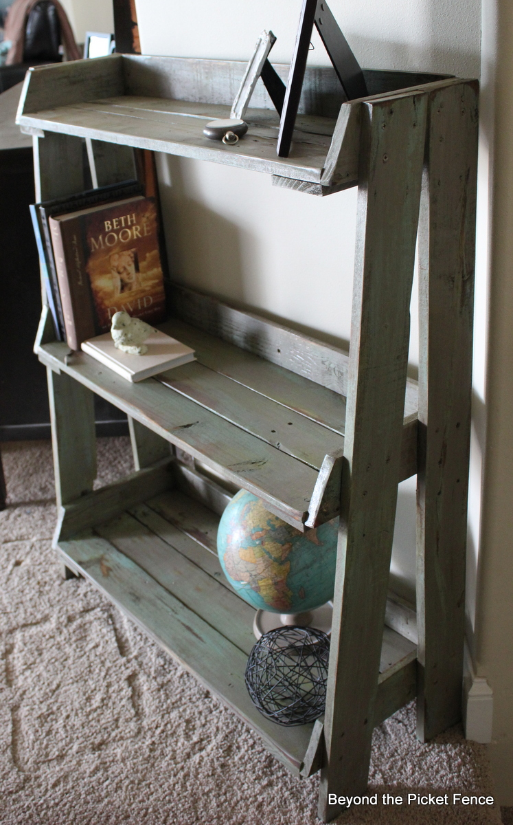AD-Creative-Pallet-Furniture-DIY-Ideas-And-Projects-27-New
